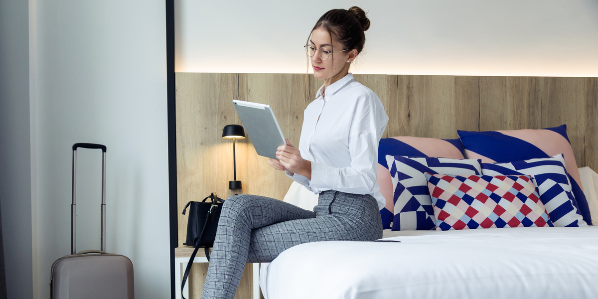 Why to Dedicate an In-Room Hotel Tablet Concierge to Improve Hotel Guest Experience
